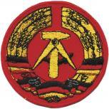 AUFNÄHER - DDR Wappen - Emblem - 04379 - Gr. ca. 9,5 x 6,5 cm - rot